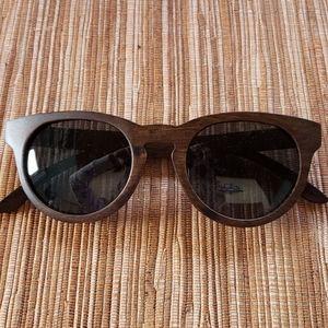 Wooden framed sunglasses-UVA certified